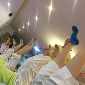 Legs up, please :)